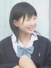 激カワ、おっとり系J○の可愛い座りチラ
