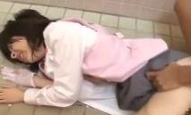 《JK,レ●プ,中出し》激ヤバ※顔出し※マジ泣きする幼い女子高生を強引に犯す犯罪映像がネットに流れる
