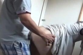 《個人撮影,人妻,流出》「メス豚みたく鳴いてみろ!」出会い系で知り合った人妻を性奴隷化した男の危険なプライベート映像