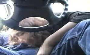 《個人撮影,人妻,流出》完全にヤバいやつ。車内で不倫相手のちんぽを咥える四十路熟女をスマホ撮りした本物素人流出動画