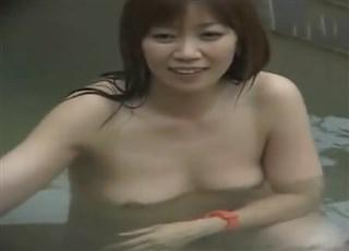 【盗撮動画】高画質版!SPD-061 新・露天浴場 8 人妻編